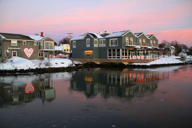 Kennebunkport Paint the Town Red Romantic Village