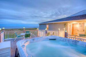 5seaside-inn-hot-tub-oceanview