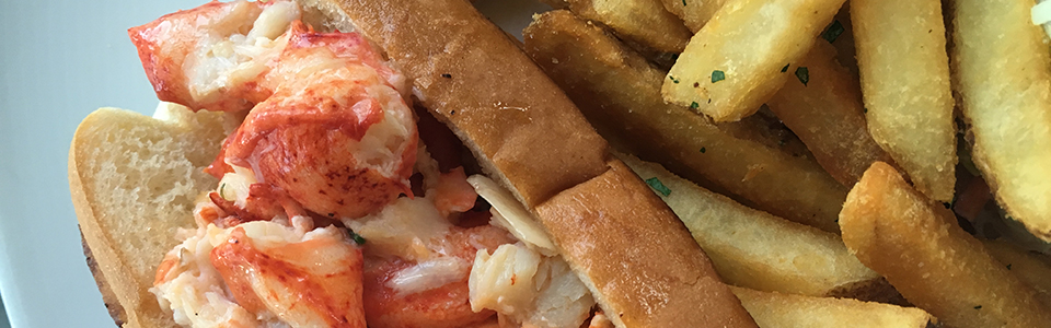 dining-lobster-roll