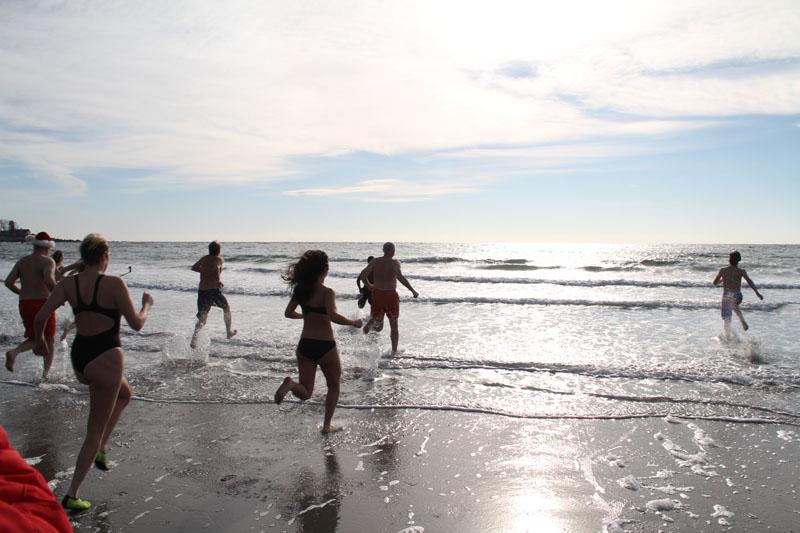 polar-plunge-kennebunk-beach1