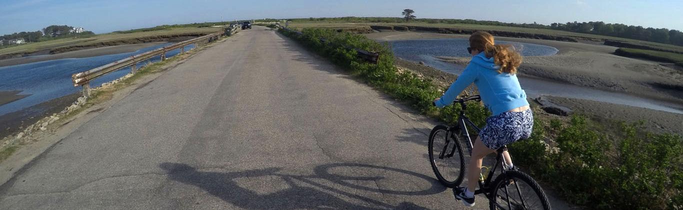 activity-bike-ride-beach