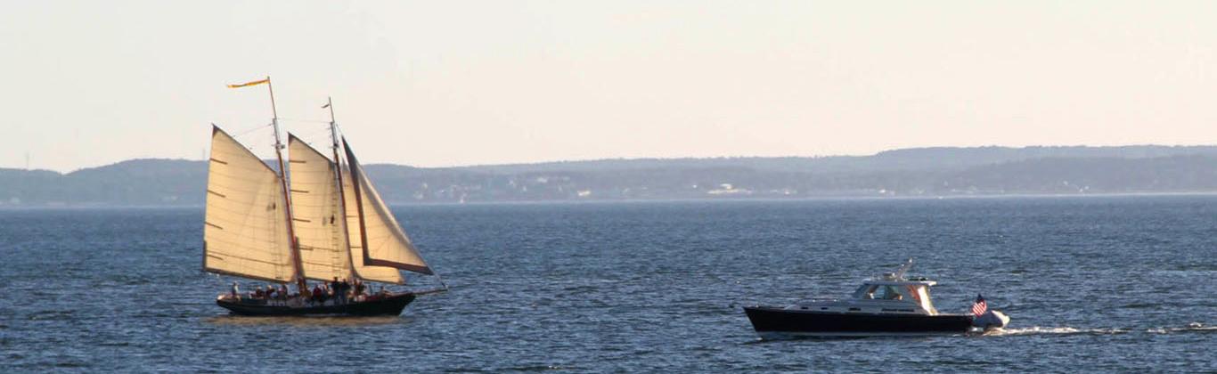 activity-schooner-eloanor-boat