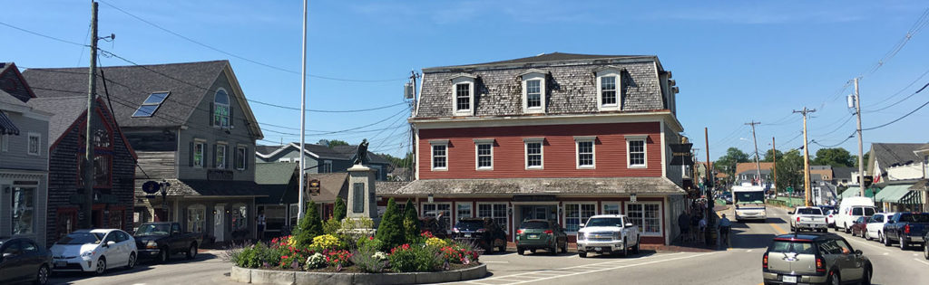 dock-square-shops-monument-kennebunkport1