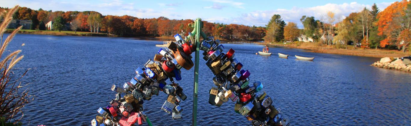 fall-kennebunk-bridge-view