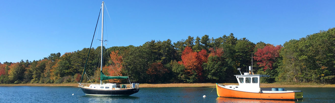 fall-kennebunk-river-boats