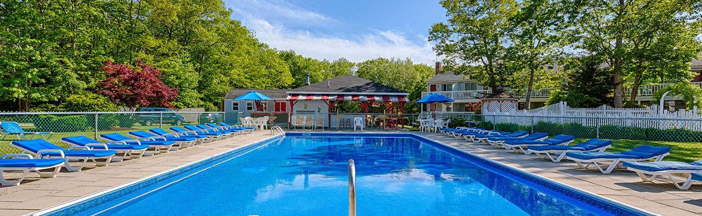 hotel-rhumbline-resort-pool