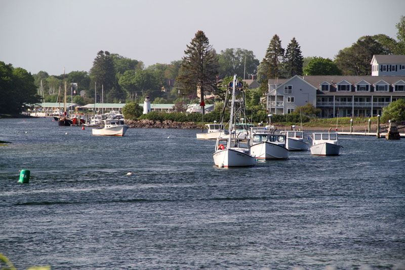 kennebunk-river-boats2