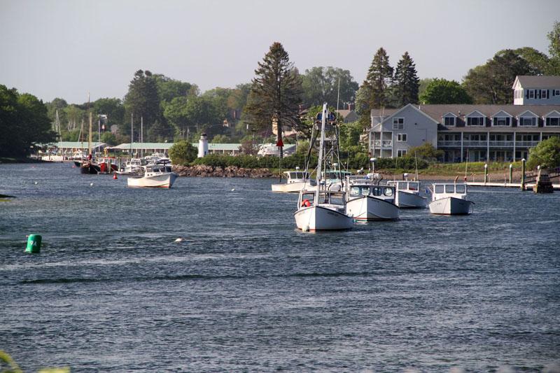 kennebunk-river-boats2