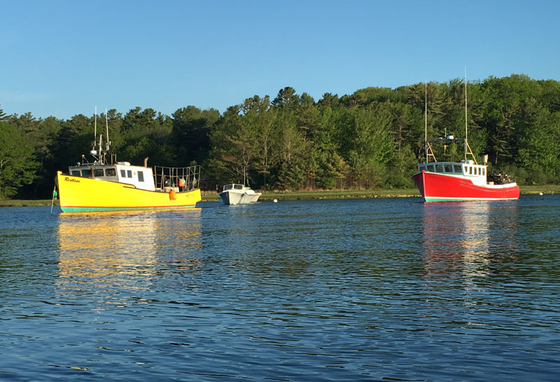 kennebunk-river-june-lobster-boats