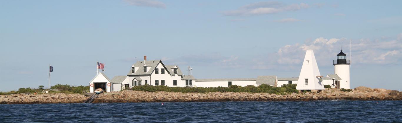 kennebunkport-goat-island-lighthouse2