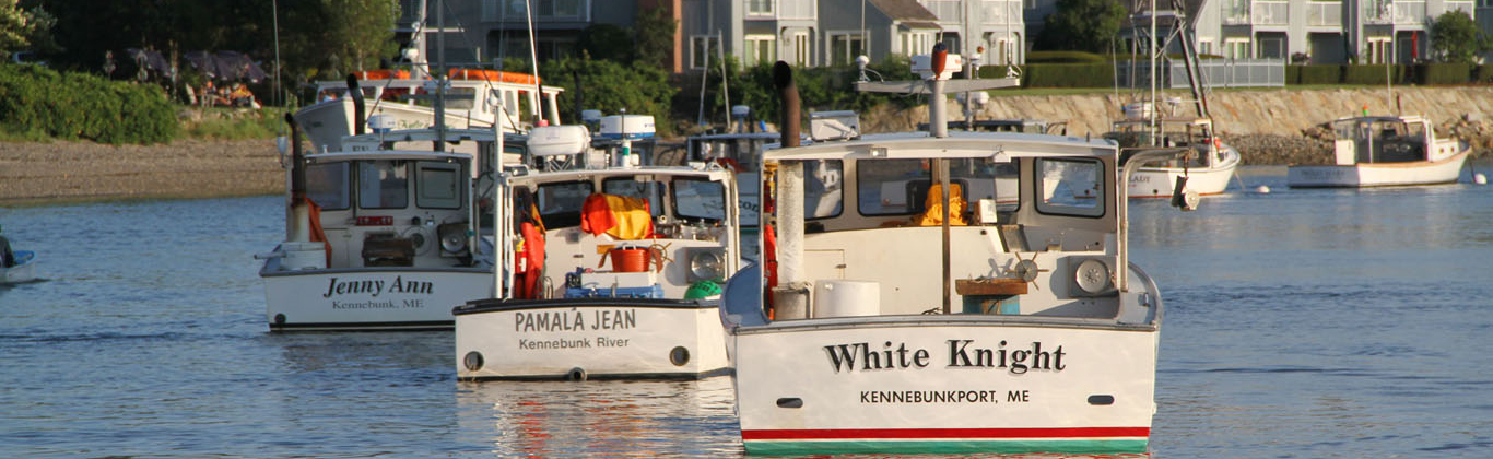 kennebunkport-river-3-lobster-boats