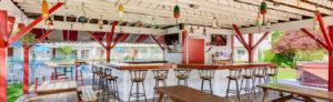 restaurant-admirals-table