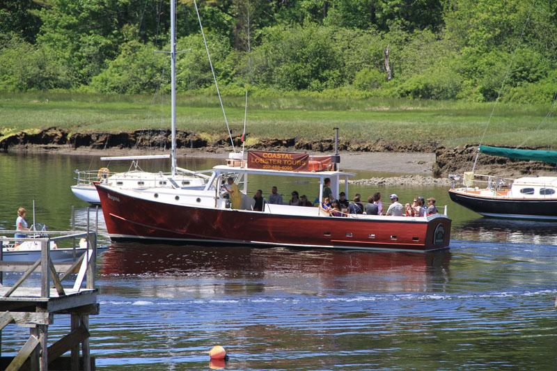 rugosa-lobster-boat2